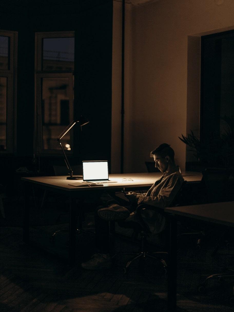 office-at-night-min